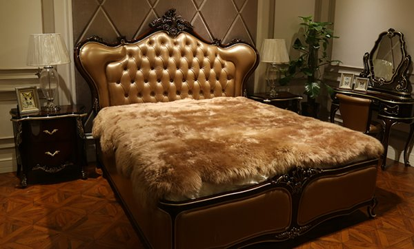 Ultra Soft and Comfortable Sheepskin Cameo Brown Blanket