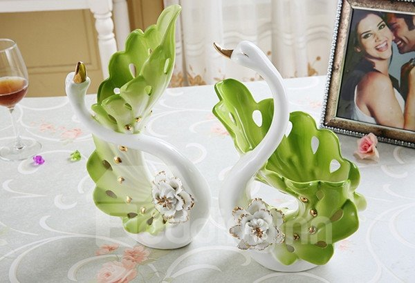 Gorgeous Swan Couple Design Ceramic Flower Vase and Artificial Flower