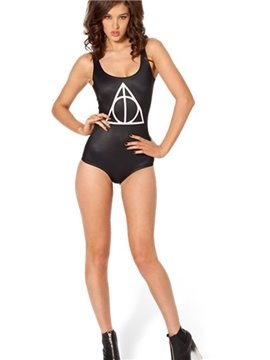 Concise U-neck Geometic Pattern Black Background One-piece Swimwear