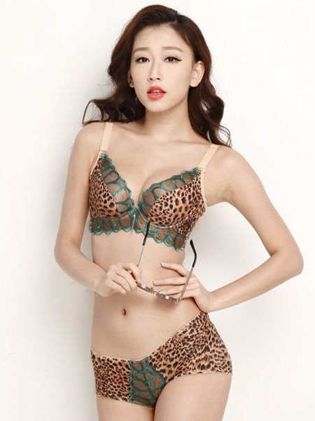 Most Sexy Leopard With Flowers And Foliage Style Bra Underwear Sets