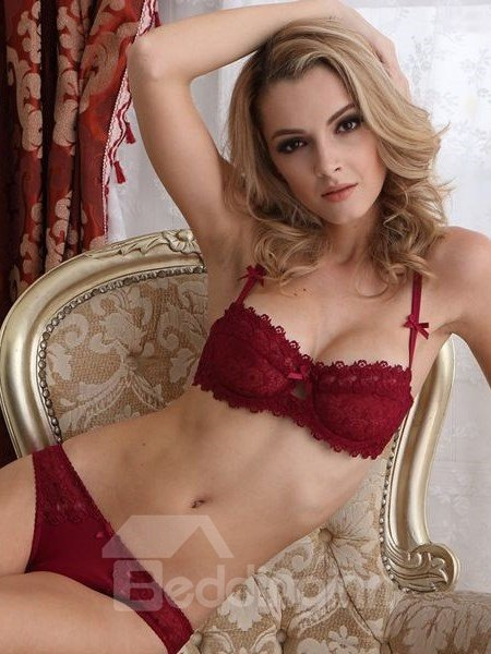 Comfortable Material And Lace Hollow Design Bra Sets