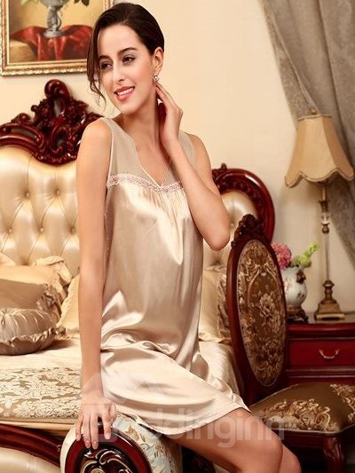 Special Wide Straps Design Comfortable Bathing One-Size Sleepshirt