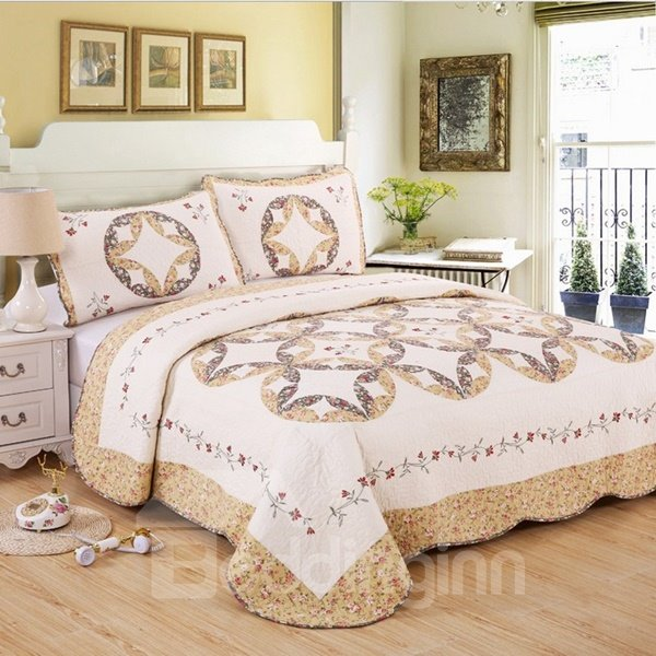 Graceful Lovely Floret Embroidery 3-Piece Bed in a Bag