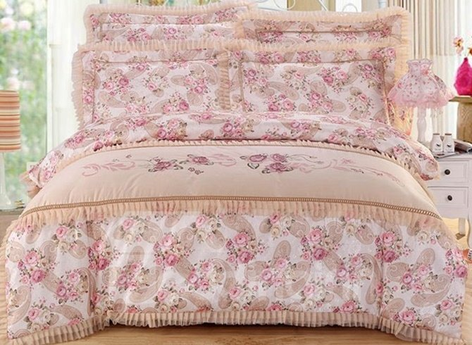 Luxury Paisley with Lace Embellishment 4-Piece Cotton Duvet Cover Sets