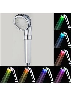 Hand-Held 7 Vibrant LED Colors Change Automatically Every Few Seconds Shower Head