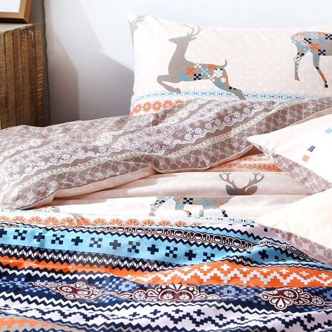 Ethnic Style Christmas Reindeer Print 4-Piece Duvet Cover Sets