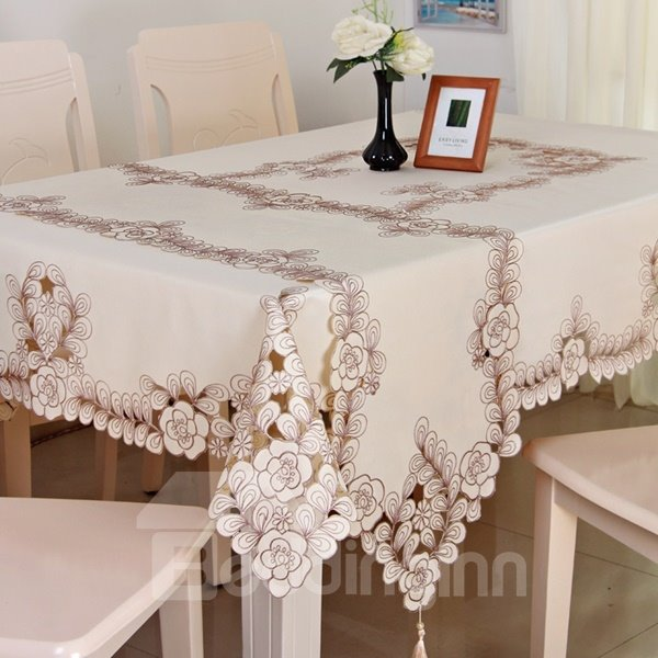 High-Grade Polyester Rectangle Embroidery Flower Crochet Dining Table Runner