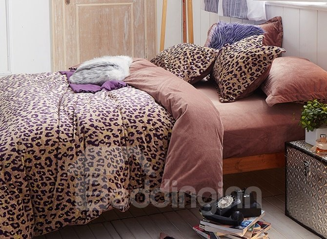 Sexy Leopard Print 4 Piece Cotton And Flannel Duvet Cover