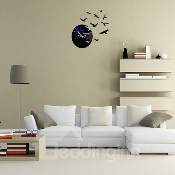 Flying Sea Gull Pattern Acrylic Battery Home Decorative Wall Clock