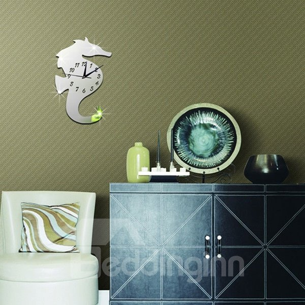 Amazing Decorative Acrylic 3D DIY Hippocampus Pattern Room Silent Wall Clock