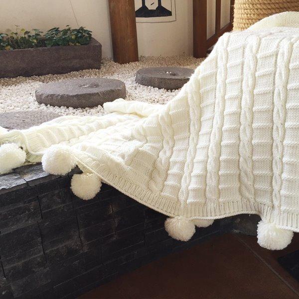 Popular Design Chunky Fringe Crochet White Knitted Blanket