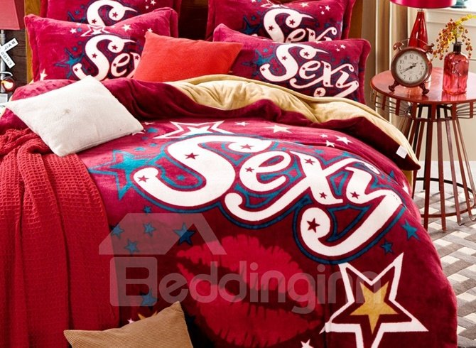 Chic Sexy Lips Print 4-Piece Flannel Duvet Cover Sets