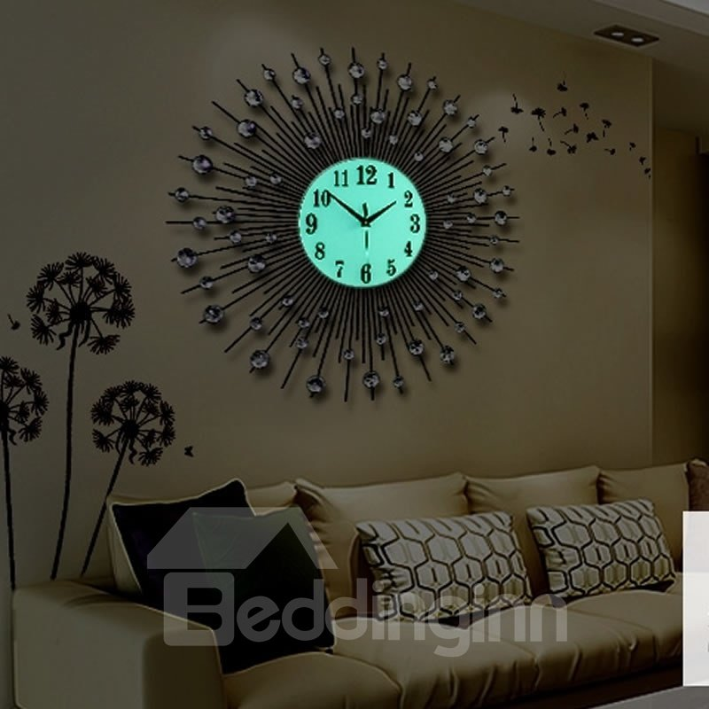 Diamond Design Wall Clock : Round unique design fashion iron noctilucence with