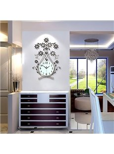 Fancy Iron Flower Vase Shape 9.4 Inches Diameter Mute Battery Wall Clock