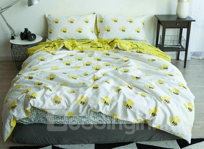 Lovely Honey Bee Print White 4 Piece Cotton Duvet Cover