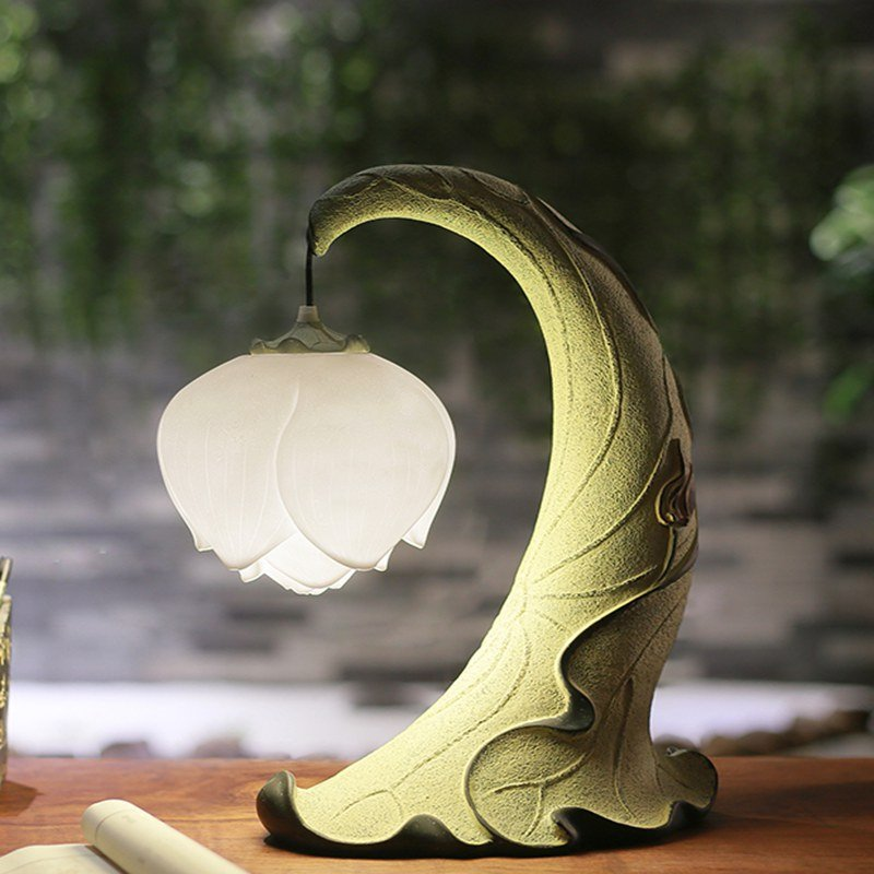Unique Country Style Resin Lotus Design Home Decorative