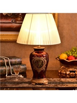 Red Ceramic Handmade European Style Flower Pattern Painted Pottery Table Lamp