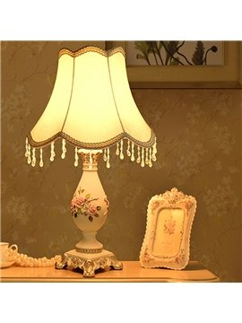 Decorative Resin Country Style Flower Pattern Home Decorative Table Lamp
