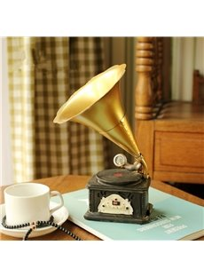 Classic Resin and Iron Phonograph Shape Design Home Desktop Decoration