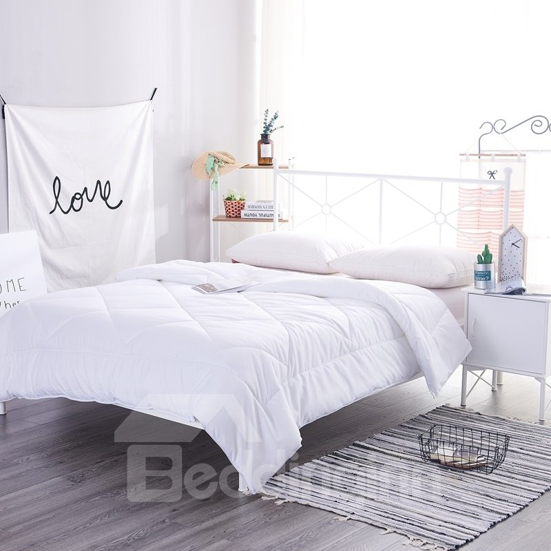 White Modern Style Polyester Filling Winter Quilt
